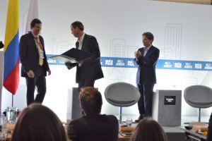 Unibán recibió reconocimiento de la ANDI por sus 50 años